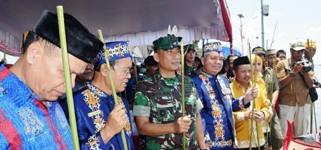 Wabup Kab.Bartim Sambut Hari Jadi Kota Kuala Kapuas Ke 213